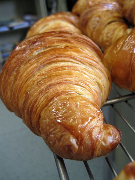 Beau et bon croissant, Amandio PIMENTA