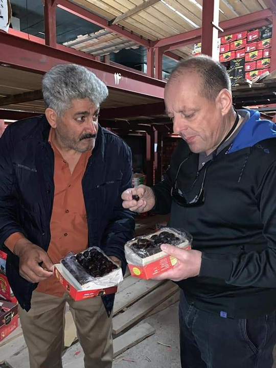 Dégustation de dattes, Carlos Marsal