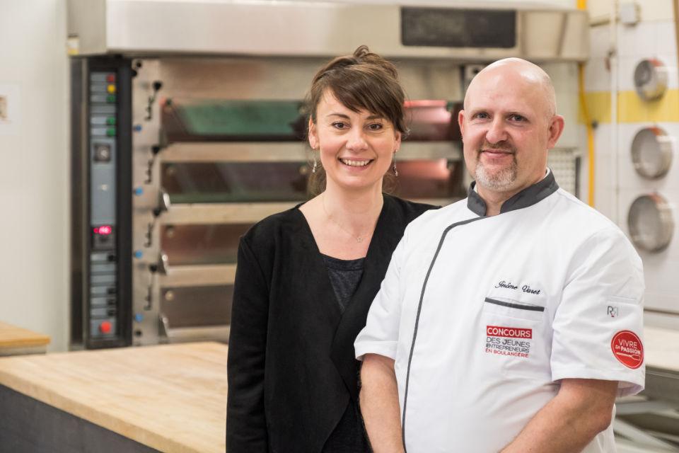 Mme Dael et M. Varet, gagnants du Concours des Jeunes Entrepreneurs en Boulangerie