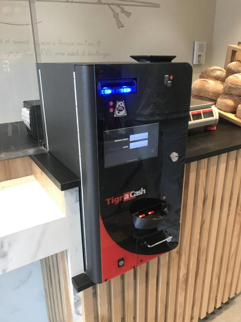 Tigra Cashguard, Minimum de place du monnayeur