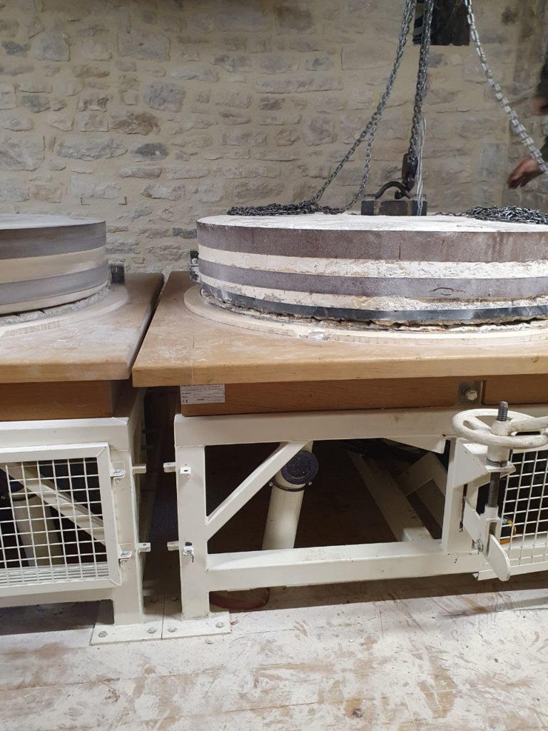 Pose de la tournante après repiquage - Moulin de Colagne