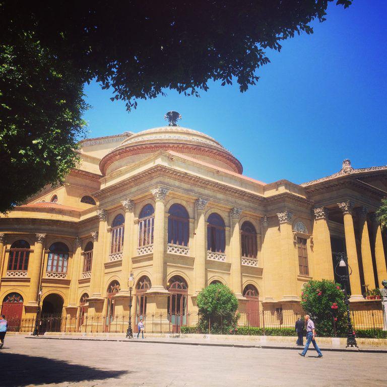 Le Teatro Massimo une des merveilles architecturales - Horizons Palerme