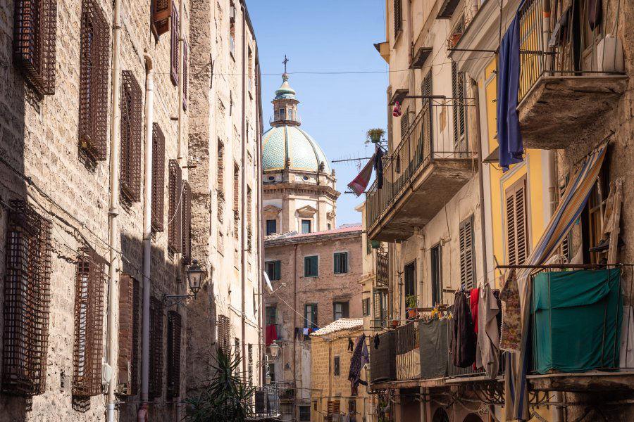 Une rue typique de Palerme - Horizons Palerme